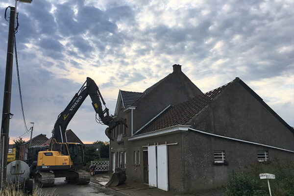 Grondwerken-Cooreman-afbraakwerken-containerverhuur-Oost-Vlaanderen_15